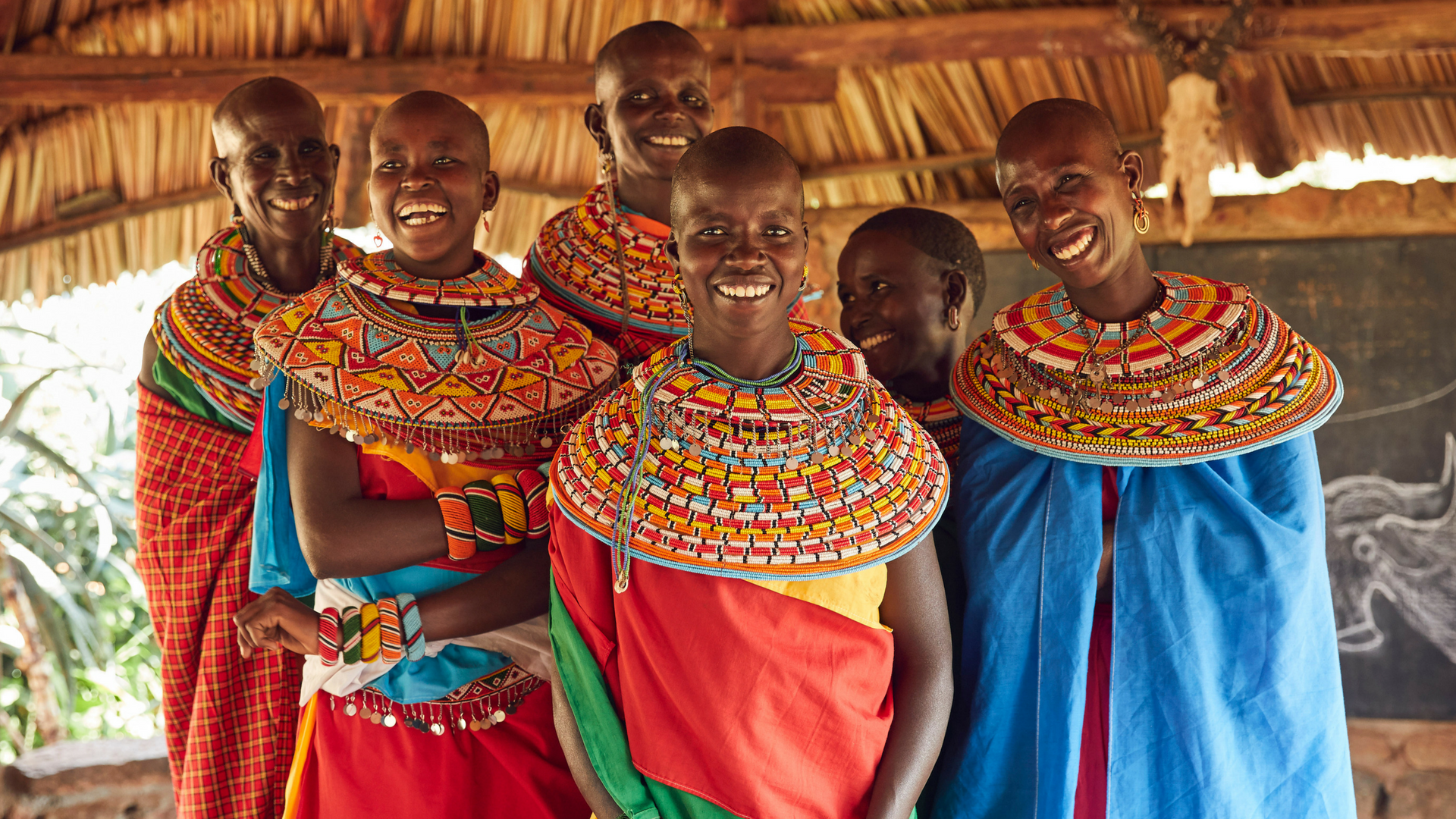 كينيا-النساء في ورشة عمل-loewe