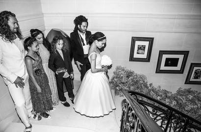 ألبوم صور: حفل زفاف زوي كرافيتس الحالم يأخذنا إلى عالم آخر