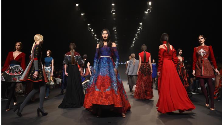 فاشن فورورد دبي, نسخة أكتوبر 2019, منصة تسوق الآنshop-now, أزياء, عروض أزياء.