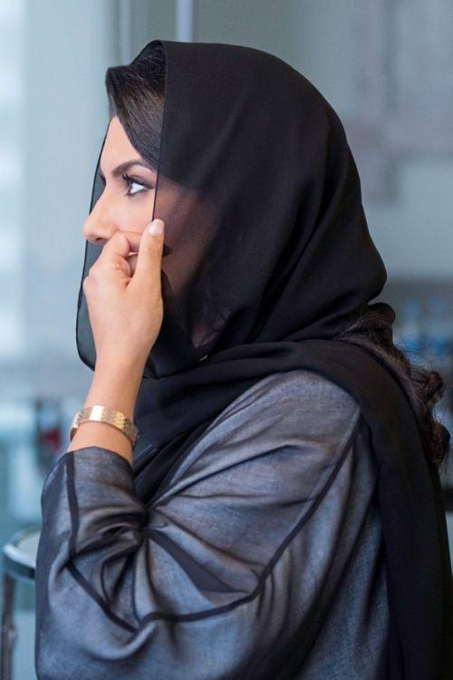 حملة 10KSA | نساء سعوديات يقدّمن الدعم للنساء