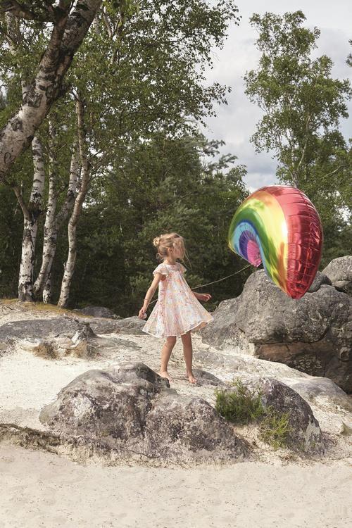 """مجموعة """"بيبي ديور"""".. رقصة صيفيّة بين الأزهار وتعويذة متميّزة جالبة للحظ"""