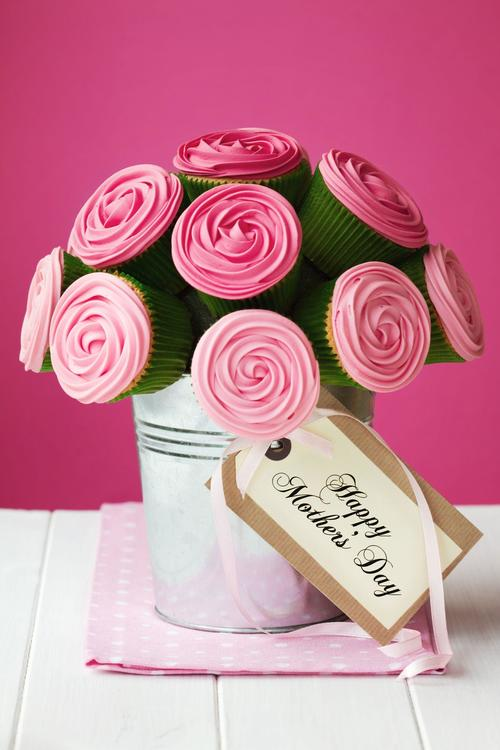 cupcakes الشوكلاته اللذيذة على شكل باقة ورود