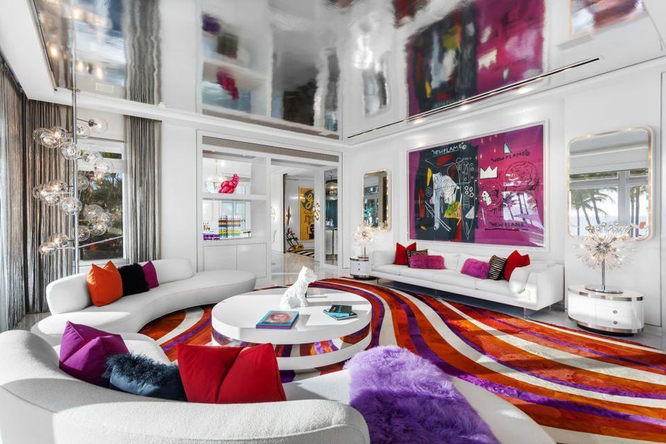 جولة داخل منزل Tommy Hilfiger الذي يُقدّر ثمنه بـ100 مليون درهم