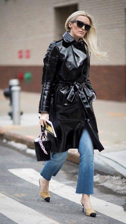 إليك أجمل إطلالات الـStreet Style من عروض الموضة المختلفة في أنحاء العالم