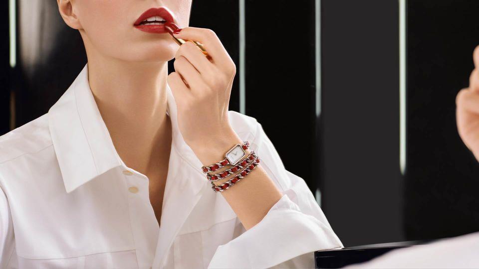 Chanel تحتفل بمرور 30 عاماً على إطلاقها ساعاتها الراقية في معرض Baselworld 2017 العالمي