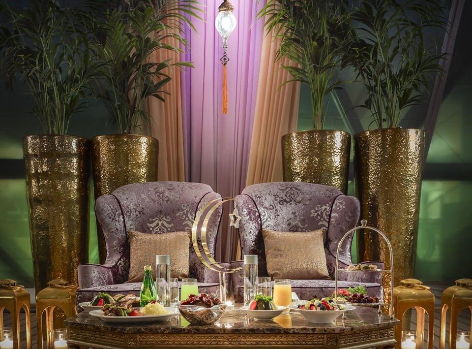 بدأ العد التنازلي للاحتفال بشهر رمضان المبارك مع فندق الميدان