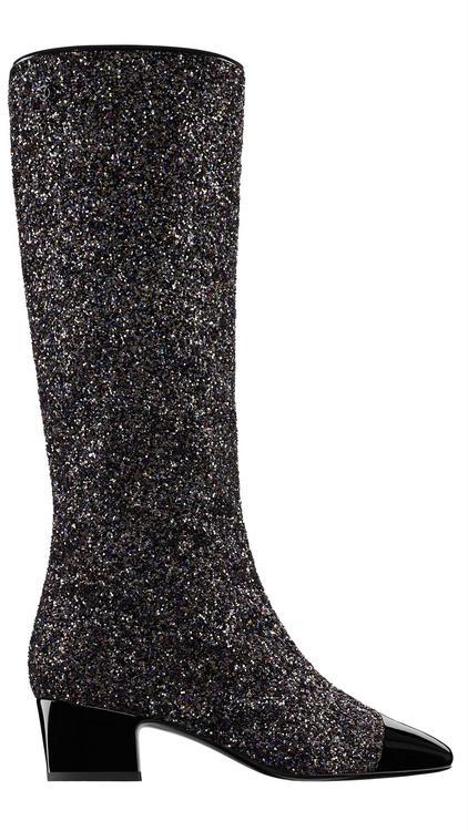 """خذاء """"ذا بوت"""" The Boot من شانيل Chanel"""