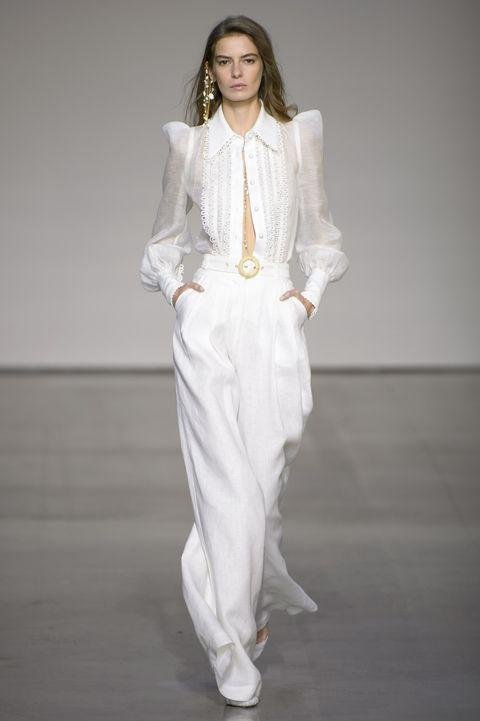 أفضل الإطلالات لفساتين الأعراس -غير العادية- من أسبوع الأزياء في نيو يورك