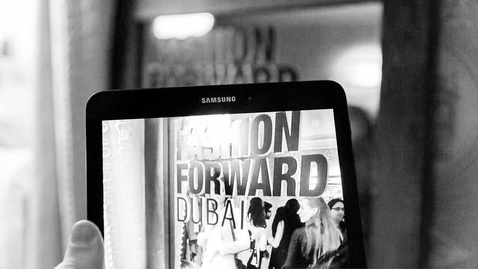 معرض «فاشن فورورد دبي» في باريس يعود في دورته الثالثة
