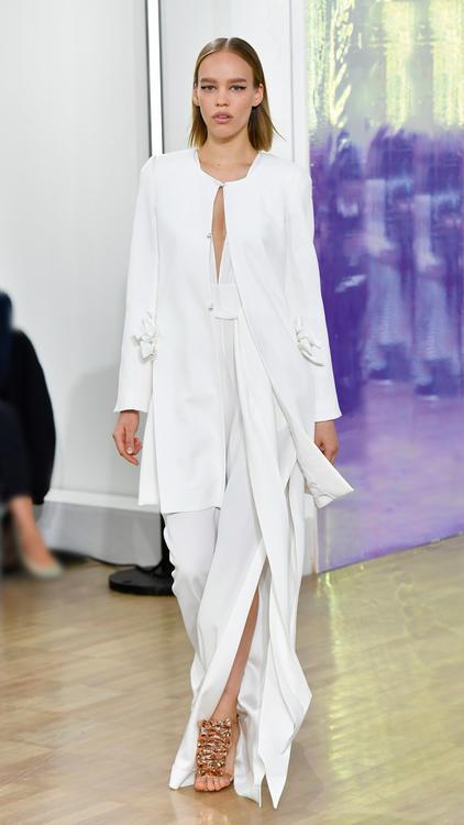 مجموعة أزياء إنجي باريس لصيف 2018