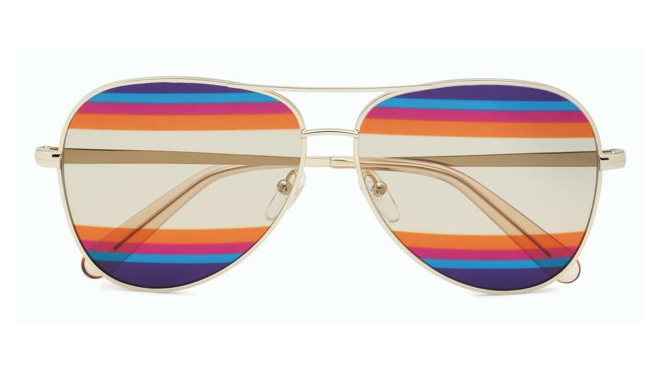 """اكتشفي """"Rainbow"""" المجموعة الخاصة الجديدة والفريدة من النظارات المستوحاة من أحد أكثر إبداعات """"Salvatore Ferragamo"""" شهرة"""