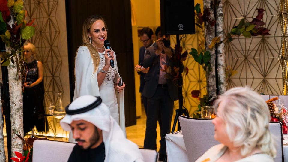 لقطات حصرية من حفلة الأكثر أناقة في الكويت بالتعاون مع بلومينغديلز الكويت