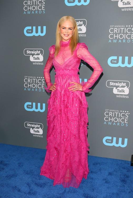 تعرفوا على أجمل عشر إطلالات من حفل توزيع جوائز The Critics' Choice Awards