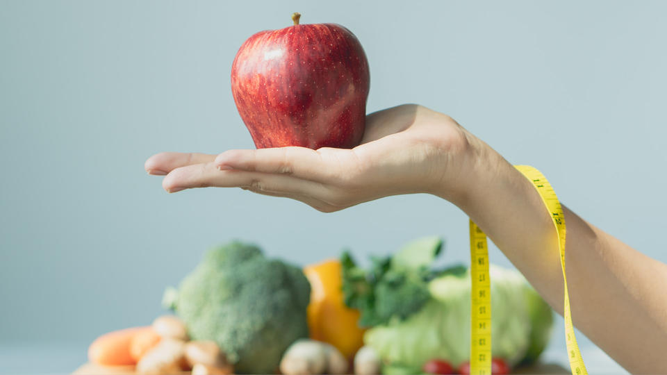 كيف تنقصين وزنك بالطريقة الصحيحة في العام الجديد