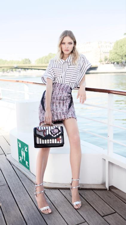 تعرفي على أجمل الإطلالات من مجموعة Karl Lagerfeld لربيع وصيف 2018