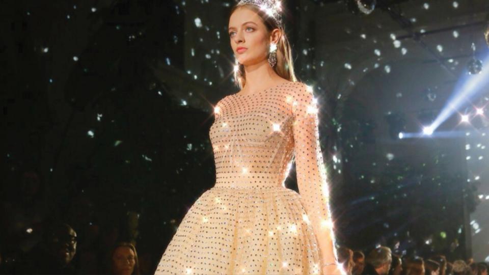 هل شاهدت عرض أزياء دولتشي أند غابانا Dolce and Gabbana؟