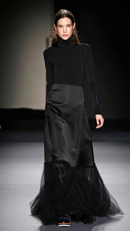 عرض أزياء مجموعة لانفان LANVIN لموسم خريف وشتاء 2018