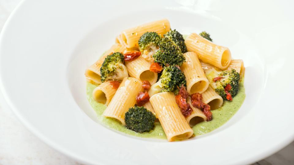هل زرت مطعم Cova الإيطالي في دبي مول؟