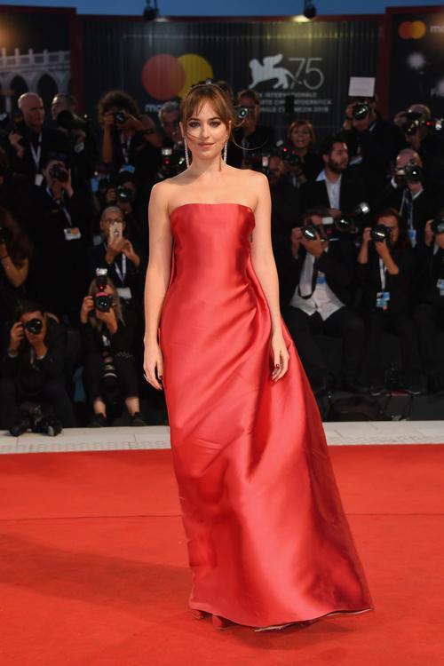 أبرز إطلالات المشاهير في مهرجان البندقية السينمائي