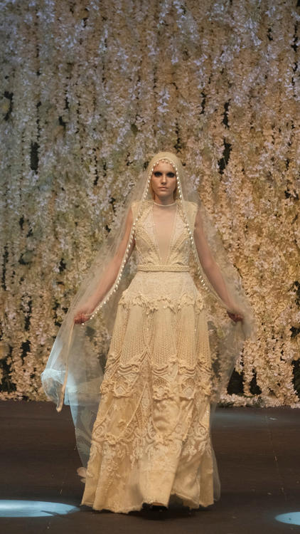 Amato  يطلق من دبي مجموعته الجديدة من فساتين الزفاف