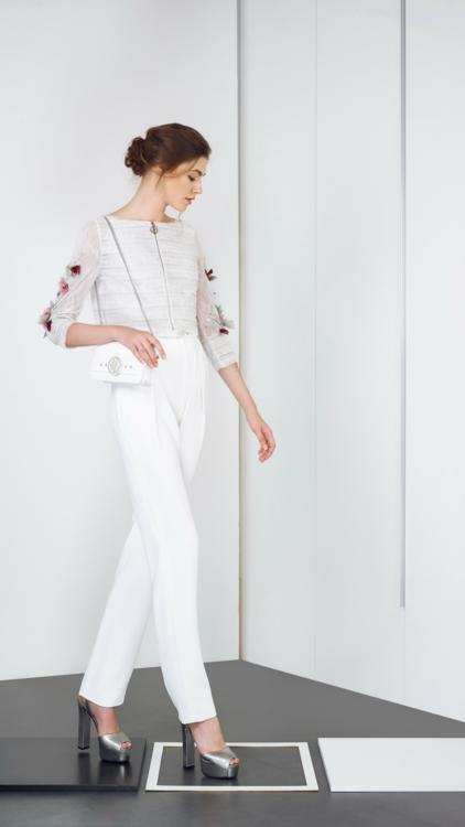 مجموعة الأزياء الجاهزة لربيع صيف 2019 من الظهيرة وحتى منتصف الليل