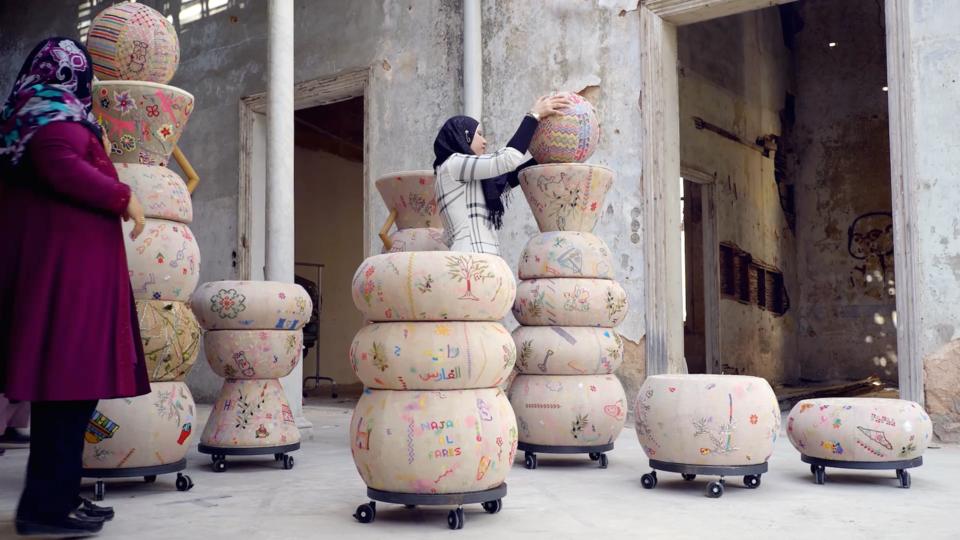 أبوظبي تقدم مجموعة من المصممين خلال الشهر القادم