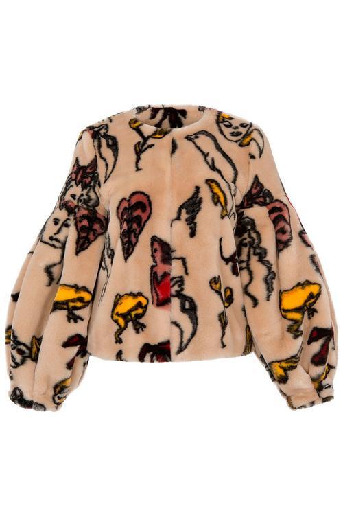 35 معطفاً لإطلالة أنيقة هذا الشتاء