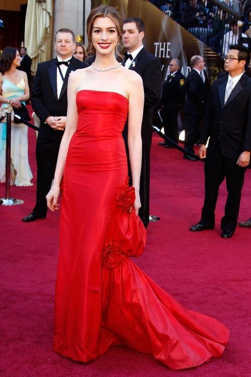 هذه هي أغلى الفساتين التي شهدتها السجادة الحمراء على الإطلاق