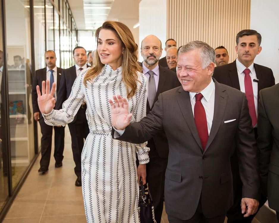 الملكة رانيا تفتتح المقر الجديد لأكاديمية تدريب المعلمين بحضور ملك الأردن