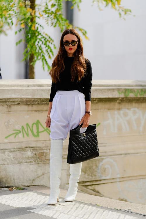 10 طرق لارتداء اللون الأبيض بأسلوب مثالي خلال الشتاء