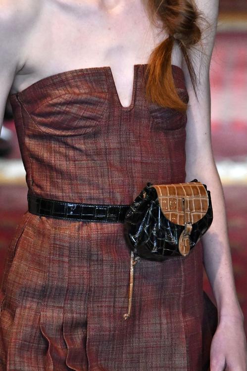 أفضل الحقائب التي شهدتها منصات العرض خلال أسبوع الموضة في نيويورك