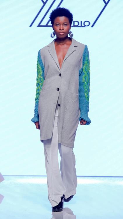 رامي القاضي وأماتو يختتمان عروض أزياء أسبوع الموضة العربي وهذه أجمل الإطلالات منه