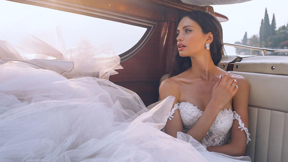 أفضل النصائح لاختيار فستان زفاف الأحلام