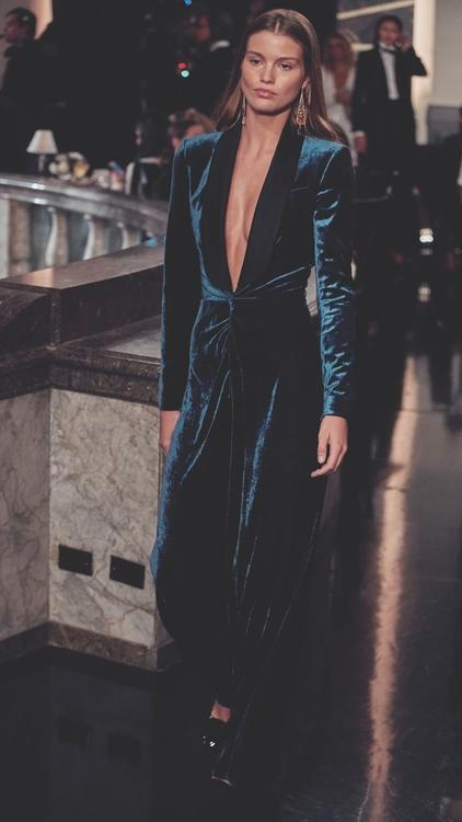 أفضل الإطلالات من عرض أزياء رالف لورين لموسم خريف وشتاء 2019