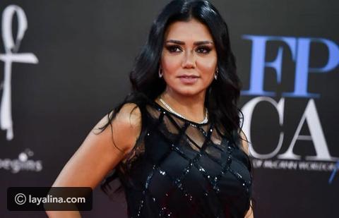 فستان رانيا يوسف مجدداً في فخّ الاثارة