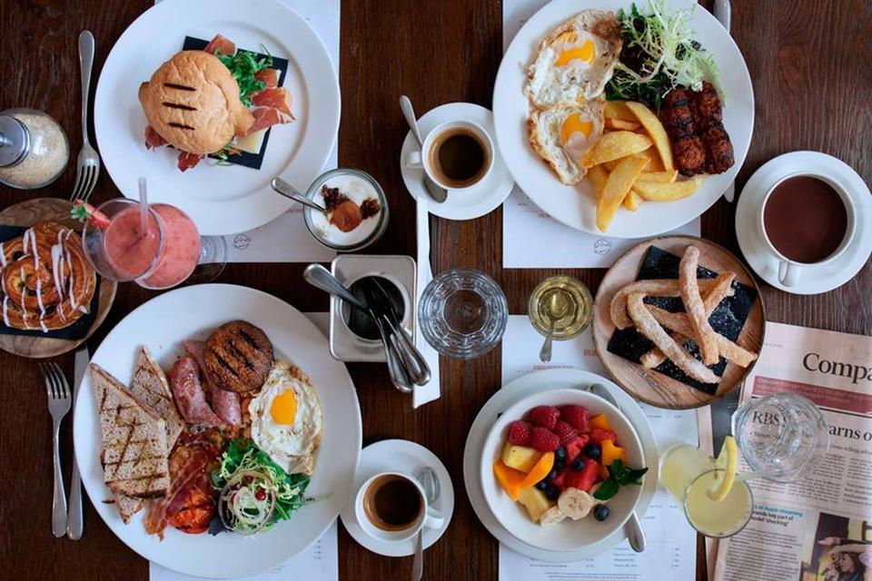 هل الفطور الذي تتناولينه صحي فعلاً؟