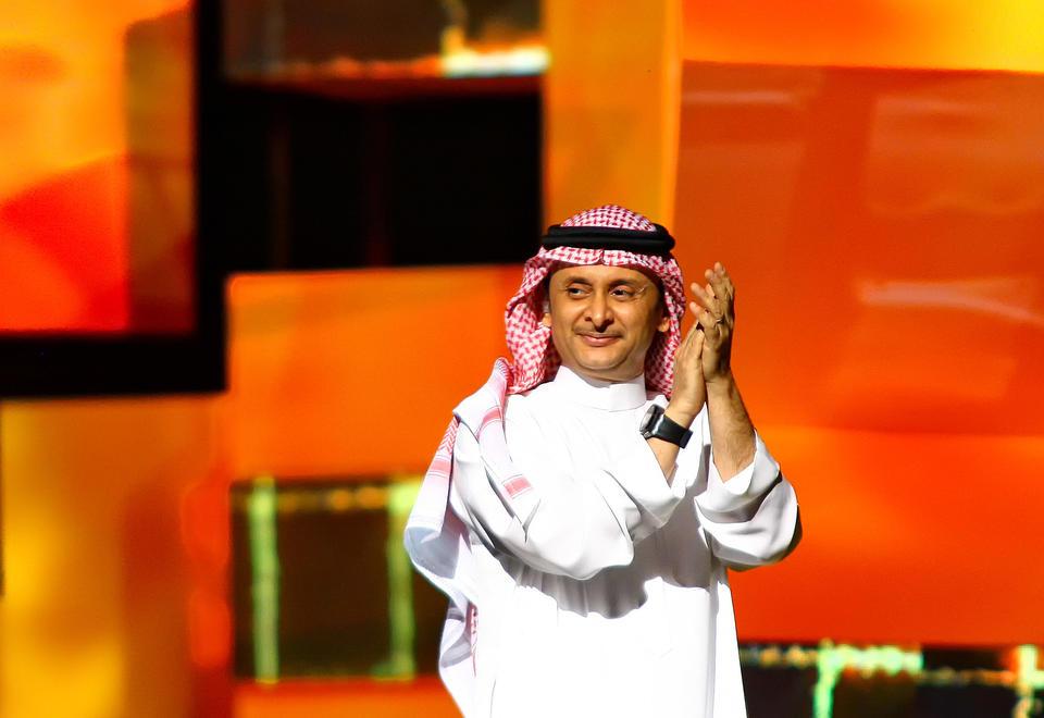 الوضع الصحي للفنان السعودي عبد المجيد عبدالله تحت السيطرة