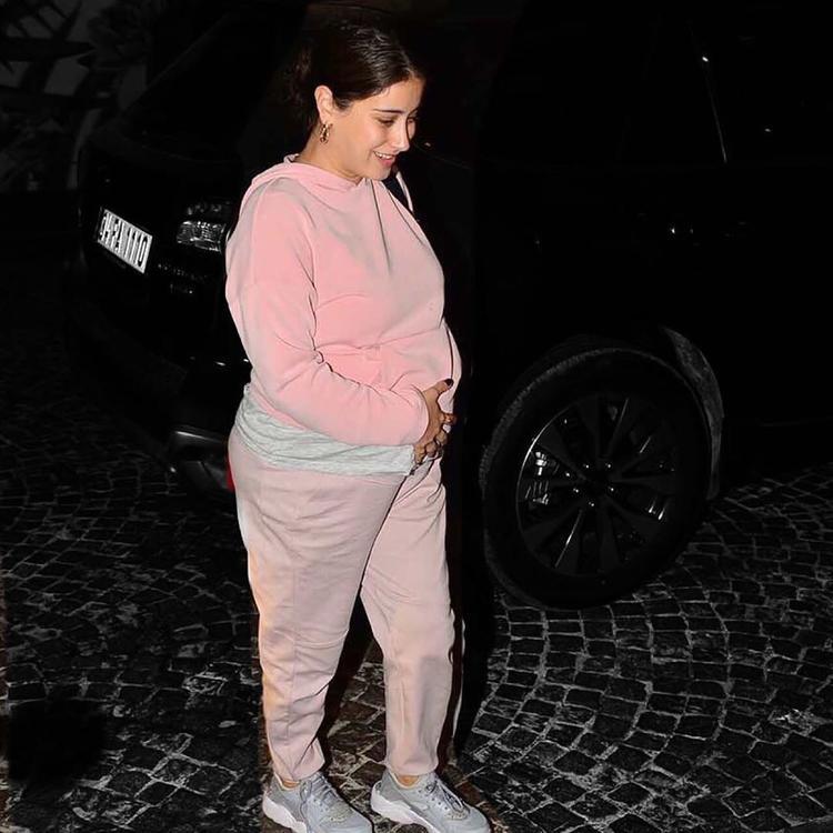 في أسابيعها الأخيرة من الحمل.. هازال كايا عرضة للتنمّر