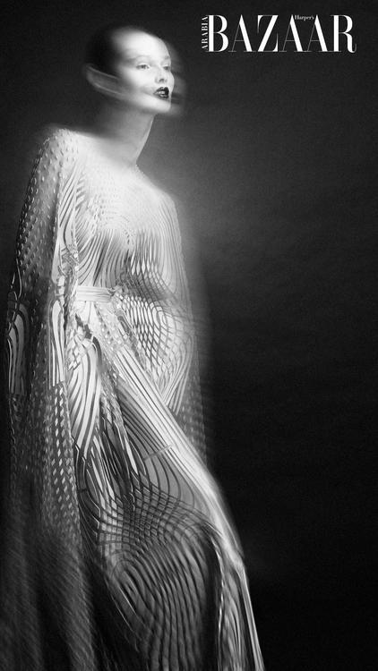 ألبوم صور: عالم من الخيال مع هذه الإطلالات لإيريس فان هيربن