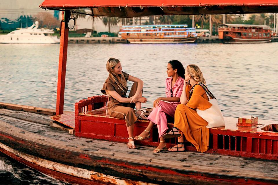 شاهدي نجمات هوليوود في فيديو لهيئة السياحة في دبي