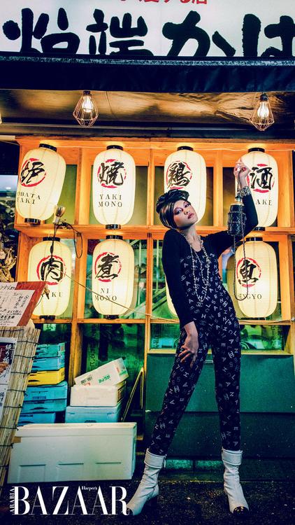 ألبوم صور: إطلالات ساحرة من شانيل في شوارع طوكيو
