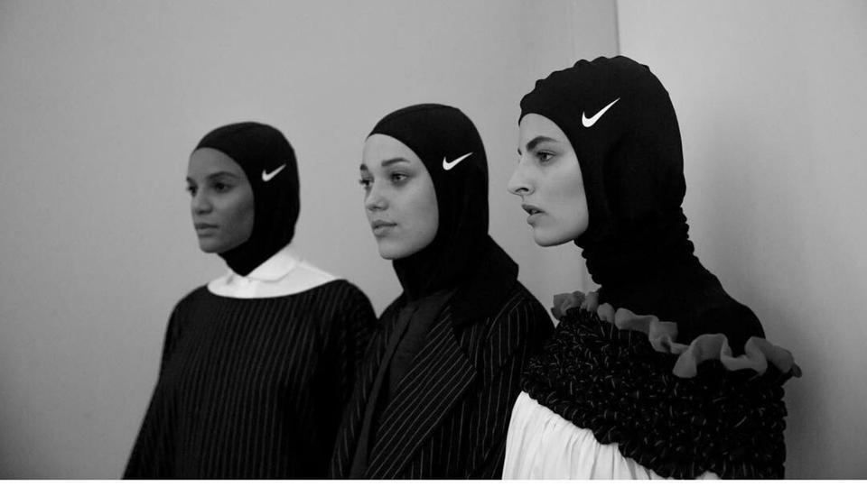 مصممات سعوديات يحجزن أماكنهن في مشهد الأزياء العالمي