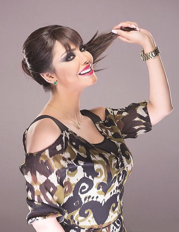 الفنانة الكويتية جواهر تعلن إصابتها بمرض السرطان!