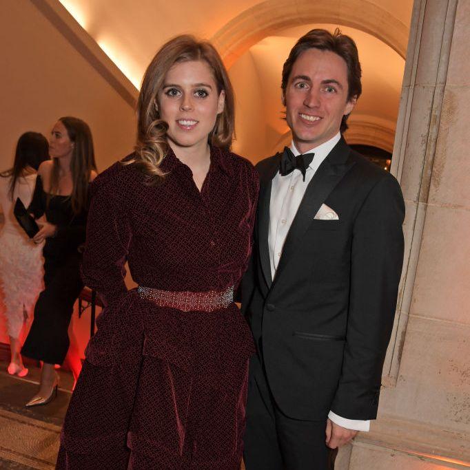 الأميرة بياتريس وإدواردو مابيلي موززي يعلنان عن موعد زفافهما