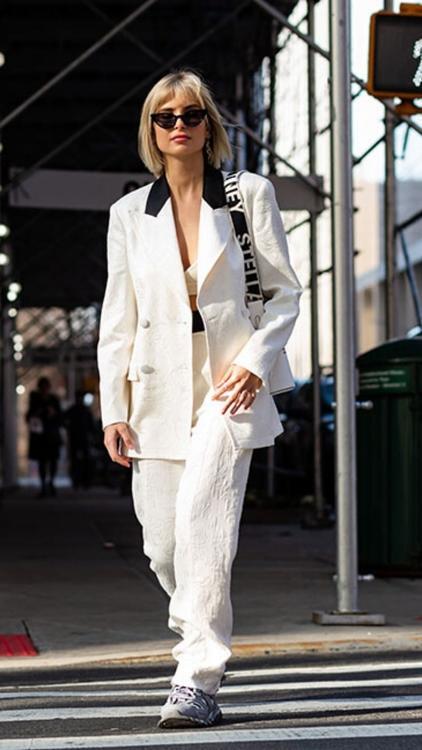 أزياء الشارع  في أسابيع الموضة: الشتاء الأبيض