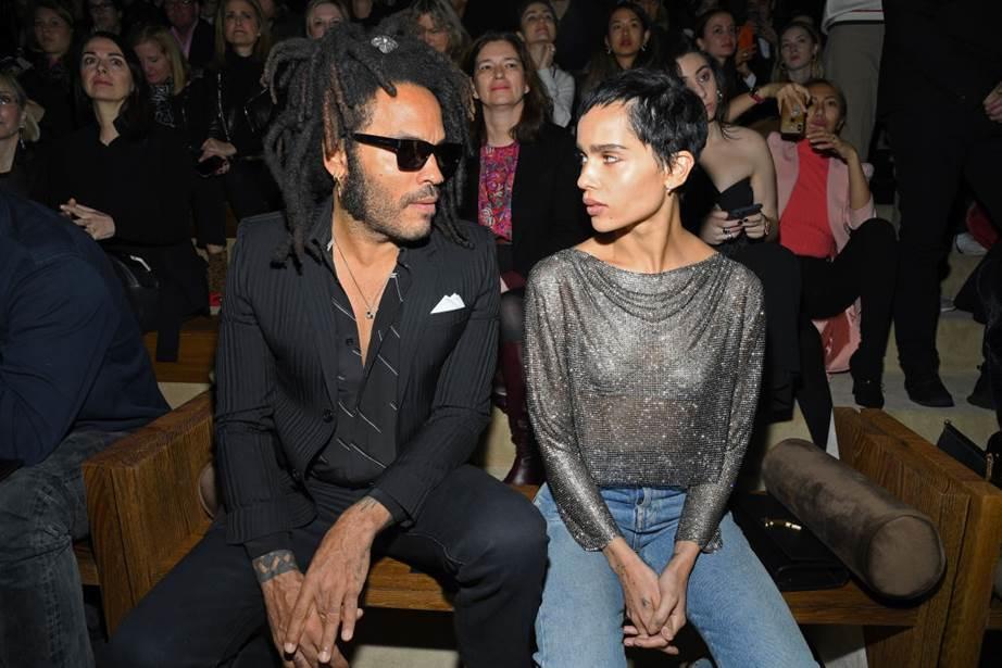 المشاهير يتألقون في الصفوف الأمامية خلال أسبوع الموضة في باريس