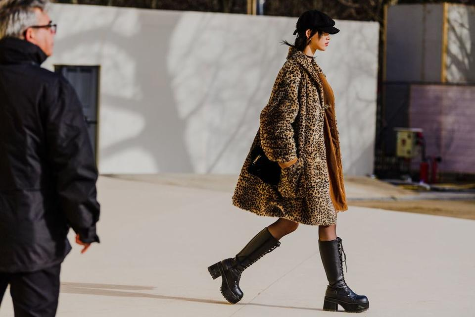 أجمل إطلالات أزياء الشارع في أسبوع الموضة في باريس 2020