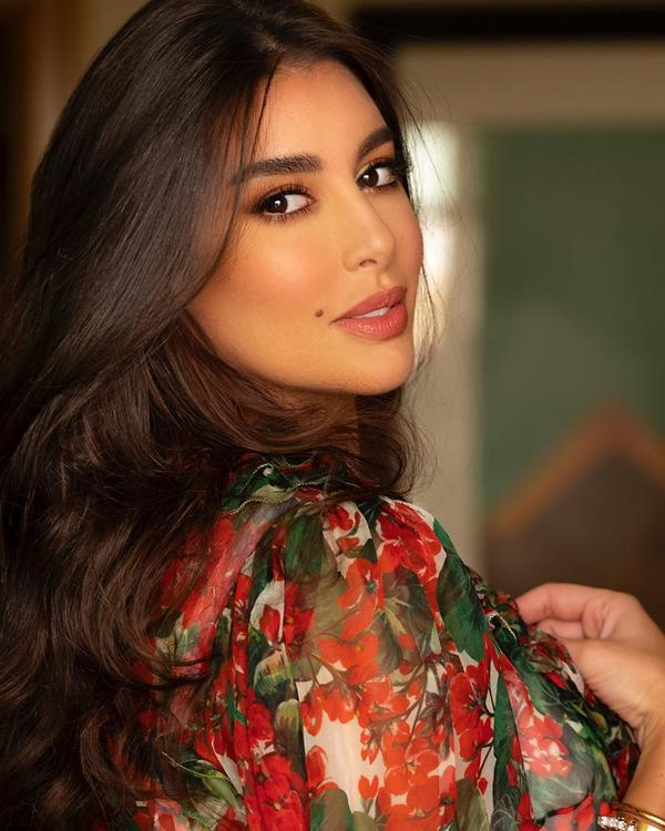 ياسمين صبري تواجه العديد من الأسئلة بعد صورتها الأخيرة على الإنستغرام