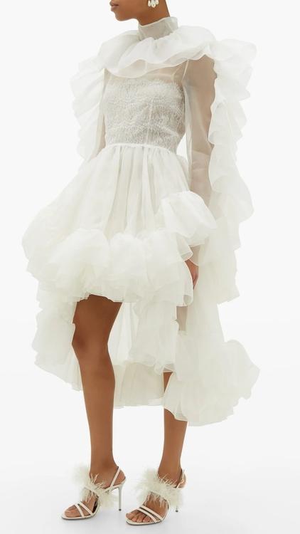 7 فساتين زفاف أنيقة يمكنك أن تسوقها عبر الإنترنت