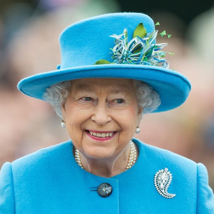 الملكة إليزابيث تلقي خطاباً مؤثراً للعالم حول فيروس كورونا